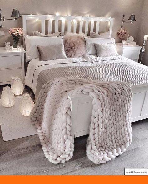 Master Bedroom Paint Colors Vastu And Pictures Of Bedroom Designs Diybedroomdecor Bedroom With Images Wymarzone Pokoje Dekorowanie Pokoju Projektowanie Wnetrz