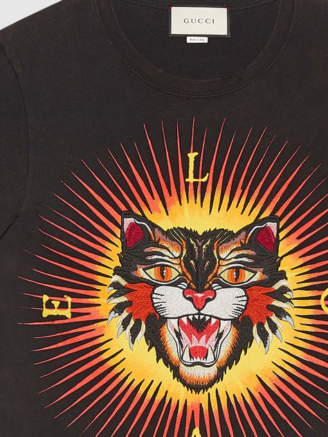 ad725b70472a Gucci Cotton t-shirt with angry cat appliqué