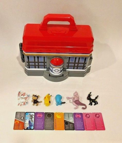 POKEMON Figures With Carry Case