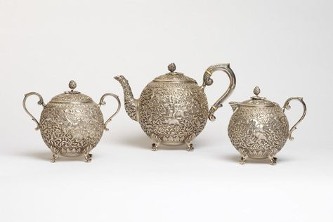 Sugar bowl and cover. Mawji, Oomersi. Bhuj, India. Silver, punched, hammered and burnished. © Victoria and Albert Museum, London