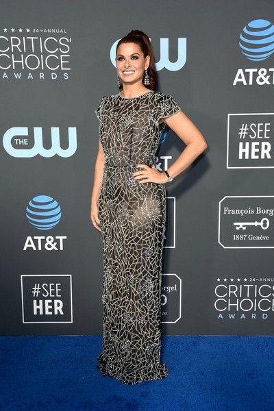 Debra Messing attends the 24th annual Critics' Choice Awards at Barker Hangar.