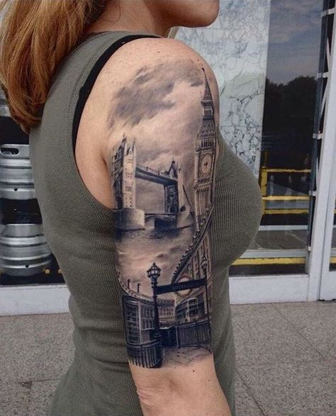 London Bridge Tattoo © StraightLinesTattoo