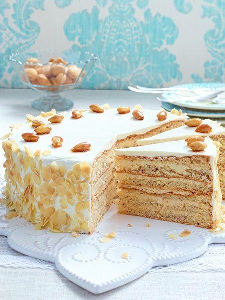 Buttercreme Torte Mit Gebrannten Mandeln Rezept Mit Bildern Buttercreme Torte Gebrannte Mandeln Gebrannte Mandeln Rezept