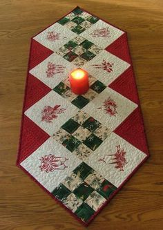 Christmas Table Runner Pattern Free.Finding Embroidery Patterns Ideas Christmas Patchwork