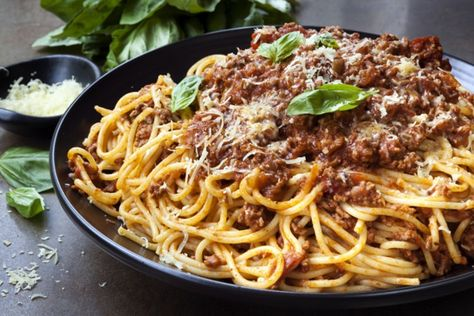 Easy Spaghetti Bolognese Recipe MAN'S BLACK BOOK