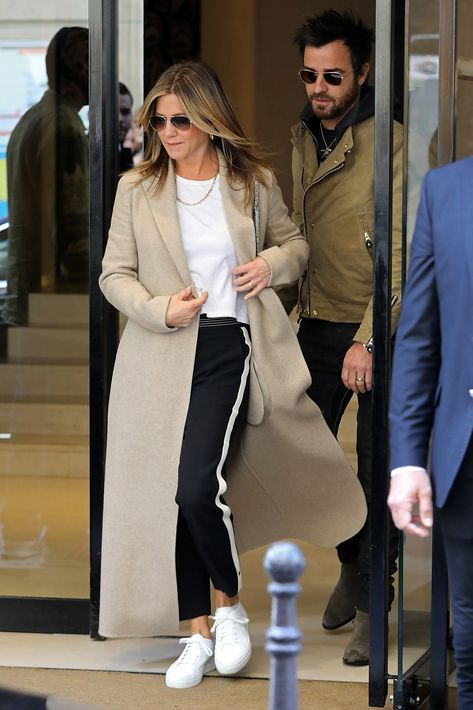 Jennifer Aniston Just Made Sneakers and Track Pants Look Chic