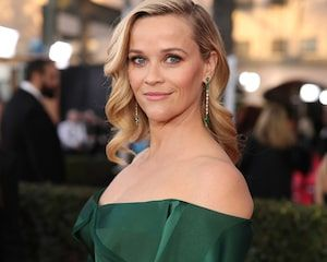 Reese Witherspoon Embarrasses Son With Tiktok Idea For His New Song Oh God No Mom Reese Witherspoon News Songs Actresses