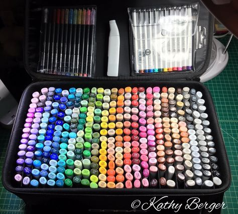 Copic Marker Storage by KAthy Berger Marker Storage, Art Supplies Storage, Art Storage, Copic Marker Art, Copic Markers, Alcohol Markers, Cool School Supplies, Cute Stationery, Stationary