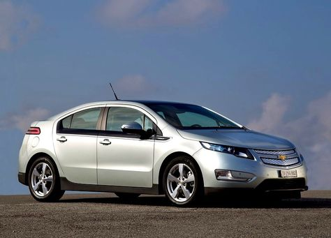 Chevy Volt Electric Car Chevy Cars And Electric Cars