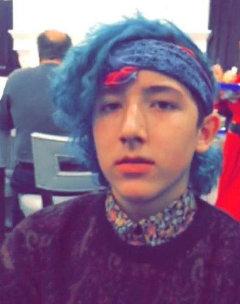 Frankie Jonas blue hair- #Jealous: Nick Jonas Wants to Copy His Brother's Hair Color