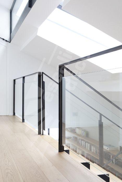 107 best Un Escalier en verre, Rampe en verre, Garde-corps en verre ...