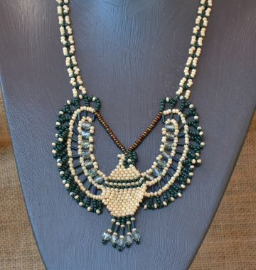 Falcon Necklace Beading Pattern by Cecilia Rooke at Bead-Patterns.com