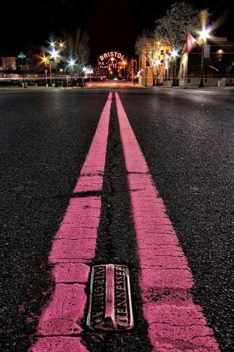 Did you know the VA-TN State line divides in the middle of the road? Look closely at the photo. Did you know the VA-TN State line divides in the middle of the road? Look closely at the photo. Photo Wall Collage, Picture Wall, Pink Love, Pretty In Pink, Fred Instagram, Bristol Tn, Bristol Virginia, I Believe In Pink, Pink Walls
