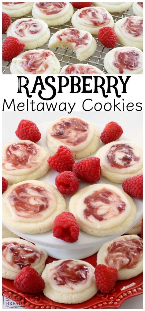 Raspberry Meltaway Cookies just melt in your mouth! Perfect topped with a simple almond glaze swirled with raspberry jam. Raspberry Meltaway Cookies just melt in your mouth! Perfect topped with a simple almond glaze swirled with raspberry jam. Almond Cookies, Yummy Cookies, Raspberry Cookies, Red Raspberry, Raspberry Recipes, Brownie Cookies, Cookies With Jam, Cake Cookies, Diy Cupcake
