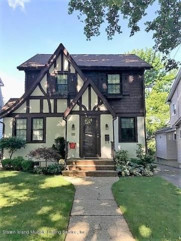 Just Listed 10 Walbrooke Avenue Located In The Randall Manor