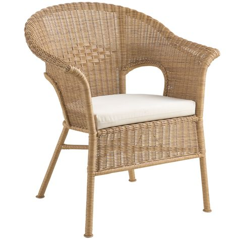 Hand Weaving Outdoor Wicker Is Actually