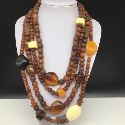 Vintage designer #kennethlane multi strand beaded necklace with beautiful brown/amber tones. Just listed 😍. DM for details or direct link 💕 . #kennethlanejewelry #kennethjaylane #kennethjlanejewelry #kennethjaylanejewelry #costumejewelry #vintagecostumejewelry #beadednecklace #designerjewelry #designerjewellery #vintagedesigner #retrojewelry #retronecklace #statementnecklace #statementnecklaces #vintagejewelry #vintagejewelryforsale #brownnecklace #multistrandnecklace #vintagefashion #vintageg