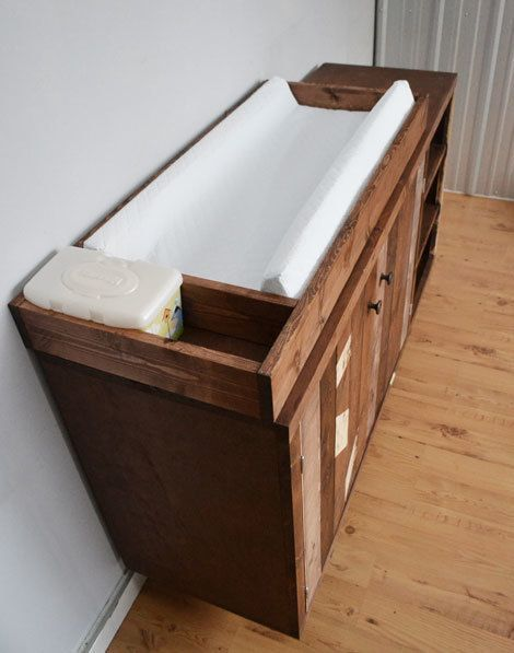 Changing Tables Station Changing Tables Station Wickeltische Station Table A Langer Station In 2020 Diy Baby Furniture Baby Changing Tables Diy Changing Table
