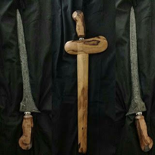 Senjata Tradisional Keris Pedang Tombak Benda Antik Dan Kuno Lainnya Keris Bali Segoro Wedhi Tombak Senjata Pedang