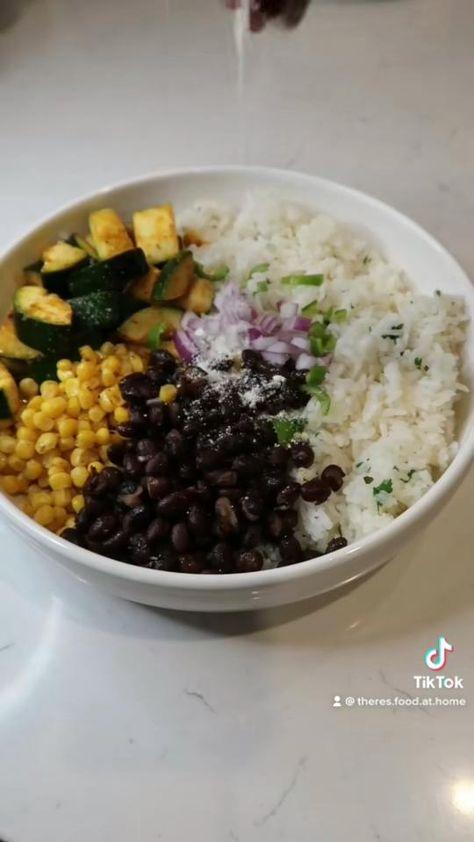 Easy Vegan Dinner, Vegan Dinner Recipes, Vegan Dinners, Veggie Recipes, Vegetarian Recipes, Healthy Recipes, Baking Recipes, Healthy Food, Healthy Eating
