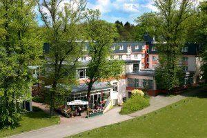 Naturnahes Citylife In Rostock Im Trihotel Am Schweizer Wald Rostock Romantischer Kurzurlaub Kurzurlaub