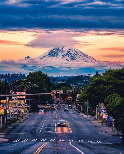 Mount Rainier sightseeing along the city Seattle, Washington. Photo by – All Pictures Death Valley, Mount Rainier Seattle, Monte Rainier, Places To Travel, Places To Visit, Travel Pics, Nova Orleans, Seattle Photos, San Diego