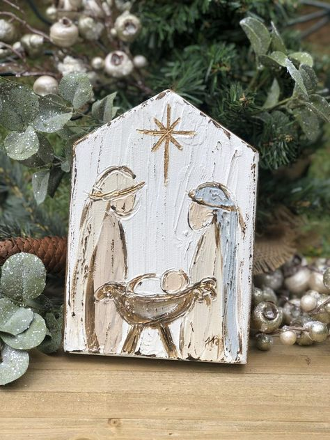 What plants to offer at Christmas and during the holidays? Christmas Wood, Christmas Bells, Christmas Signs, Christmas Projects, Christmas Crafts To Sell, Wooden Christmas Decorations, Christmas Nativity Set, Painted Christmas Ornaments, Christmas Canvas
