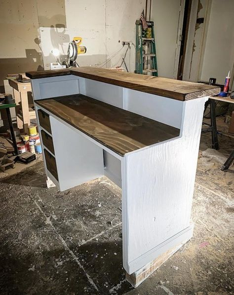 L shaped reception desk - Augusta Cash Wrap Counter, Small Reception Desk, Rustic Salon, Chiropractic Office Design, Flower Shop Design, Diy Home Bar, Aging Wood, Room Ideas Bedroom, Shop Interiors