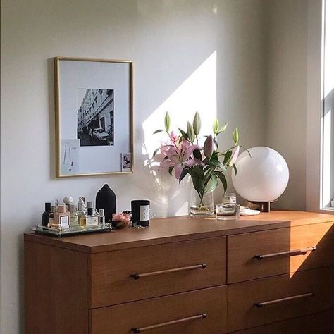 bedroom style inspiration | home and interior design ideas | simple and clean decor inspo