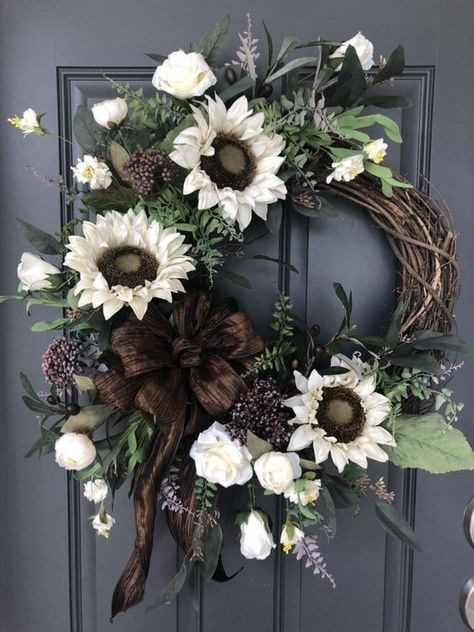 Excited to share this item from my shop: Sunflowers and Roses wreath / Fall wreath / Everyday wreath / Autumn wreath Wreaths for Front Door Sunflower Wreath Fall Wreath Burlap Easy Fall Wreaths, Spring Door Wreaths, Diy Fall Wreath, Holiday Wreaths, Winter Wreaths, Wreath Ideas, Autumn Wreaths For Front Door, Summer Wreath, Winter Porch Decorations