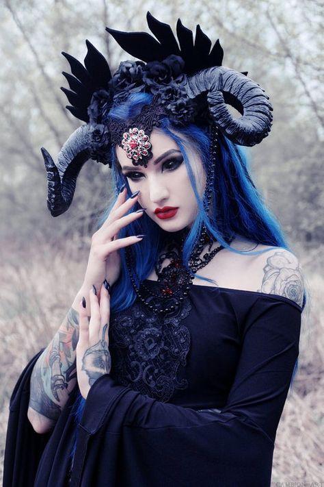 Hörner Kopfschmuck, Dämon, Drachen, Gothic Hörner Widder Kopfschmuck schwarz WGT Gothic Kopfschmuck Haar-Accessoires