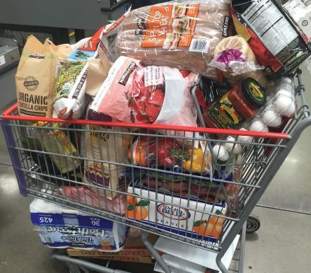 Smart Costco Shoppers Take Advantage Of These Grocery Hacks With Images Grocery Hacks Grocery
