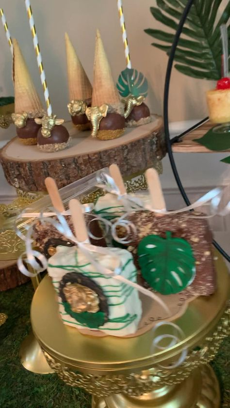 I loved doing this jungle themed baby shower this weekend! Contact me for a party quote today! Safari Theme Centerpieces, Jungle Theme Decorations, Jungle Theme Parties, Baby Shower Centerpieces, Baby Shower Favors, Baby Shower Cakes, Baby Boy Shower, Jungle Baby Showers, Safari Theme Baby Shower