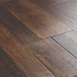 Pergo Outlast Waterproof Somerton Auburn Hickory 10 Mm T X 7 48 In W X 47 24 In L Laminate Flooring 549 64 Sq Ft Pallet Lf000958p The Home Depot Vinyl Laminate Flooring Wood Floors