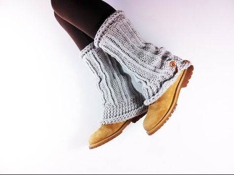 How to Loom Knit Leg Warmers (DIY Tutorial) - YouTube
