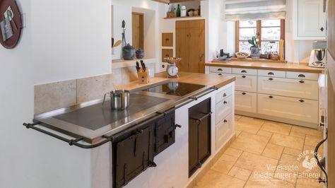 Moderne Küchenherde - wasserführende Herde oder mit intergriertem ...