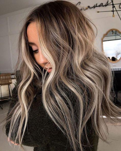 35 Top Balayage Long Hair Ideas for 2020 - New Hairstyles & Haircuts Balyage Long Hair, Balayage Hair, Babylights Blonde, Hair Inspo, Hair Inspiration, Beautiful Long Hair, Hair Looks, Pretty Hairstyles, Dyed Hair