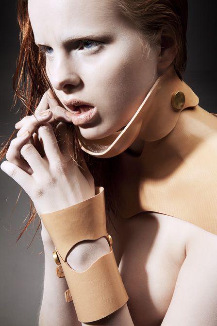 arm and neck brace