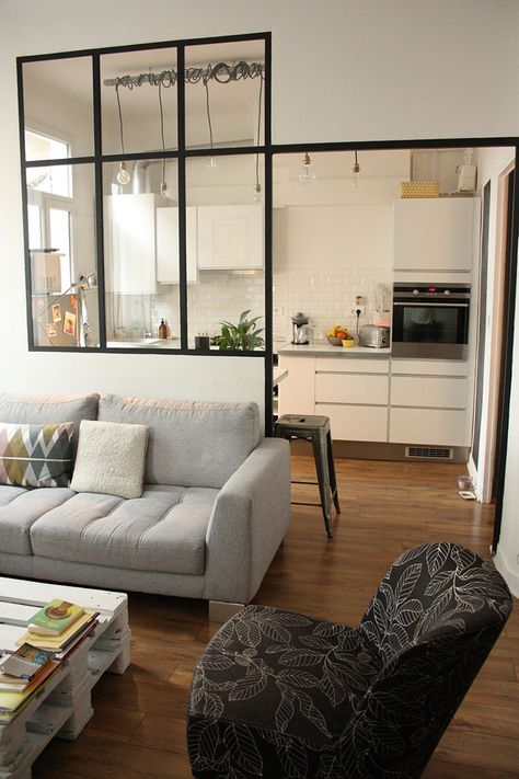 5-salon-cuisine, very cool window-wall that would allow load-bearing beams to stay in place but still allow sight lines into adjoining room.