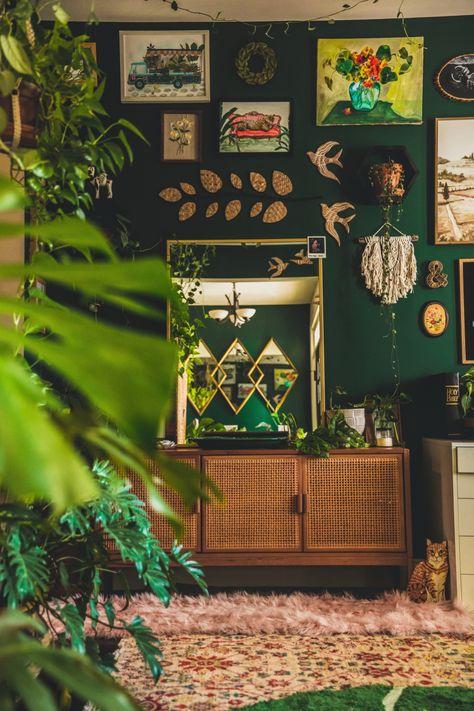 Pretty Room, Aesthetic Room Decor, Green Rooms, Interior Exterior, Interior Design, Dream Decor, Eclectic Decor, My New Room, House Rooms