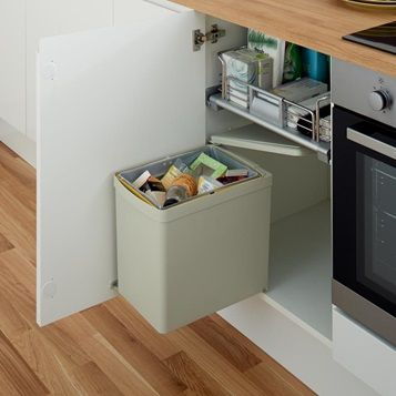 Explore Kitchen Bins At Howdens Available In A Range Of Capacities Colours And Number Of Compartments For In 2021 Kitchen Bin Integrated Kitchen Bins Fitted Bathroom