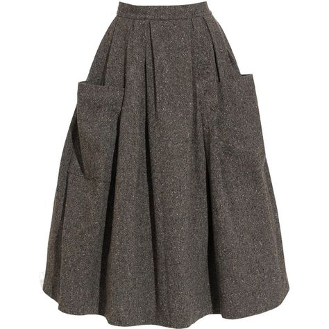 I really like this one for winter, also it reminds me a bit of something Maria wears in 'The Sound of Music'! But I love it :) I really like this one for winter, also it reminds me a bit of something Maria wears in 'The Sound of Music'! Moda Vintage, Vintage Skirt, Vintage Dresses, Mode Style, Club Style, Mode Inspiration, Dress Skirt, Pleated Skirt, Gray Skirt