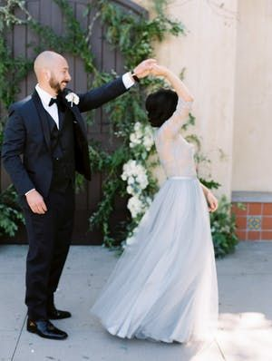 After An Accident That Left Him Paralyzed This Groom Walked Her Down The Aisle Wedding Dress Guide Wedding Dress Inspiration Wedding Couples Photography