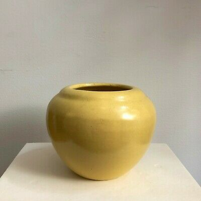 1930 S Haeger Honey Pot Vase Yellow Matte Glaze Art Pottery American Ceramics In 2020 American Ceramics Pottery Art Honey Pot
