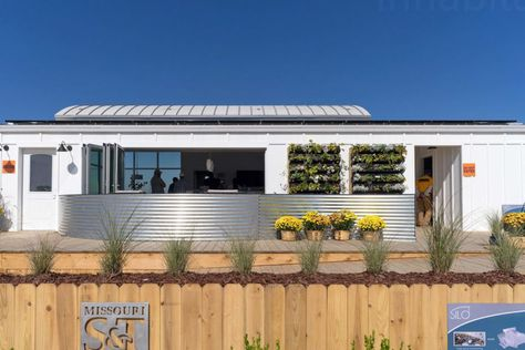 This solar-powered net-zero home is a modern take on the