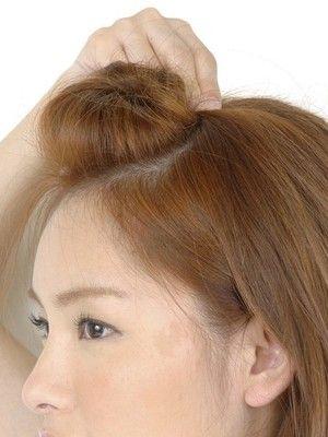 ポンパドールの作り方 ヘアピンで基本のヘアアレンジテクニック