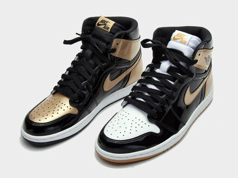 417f7070af72 The Air Jordan 1 Gold Top 3 was released in limited quantities by Union Los  Angeles during ComplexCon. Jordan Brand will be giving the high.