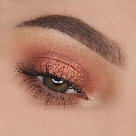 Eye makeup will greatly enhance your beauty and also make you look fabulous. Discover how to apply make-up so that you can easily show off your eyes and impress. Uncover the most effective ideas for applying make-up to your eyes. Makeup Goals, Makeup Inspo, Makeup Tips, Makeup Ideas, Daily Makeup, Makeup Products, Drugstore Makeup, Makeup Hacks, Makeup Brands