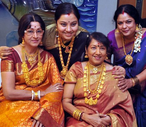 Yesteryear Kannada Actress Bharati Vishnuvardhan, Jayanthi, Padmaja Rao and Tara pose during Antique Jewellery Mela by Shree Sai Gold Palace
