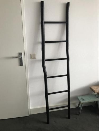 Formaat 180 Cm Hoog En 40 Cm Breed Kleur Zwart Materiaal Hout Decoratie Woonaccessoires Ladder